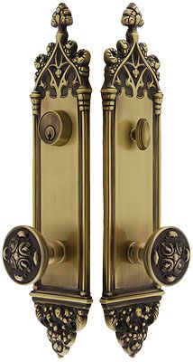 Colburg Entry Set With Maltesia Knobs Country Victorian Decor, Modern Victorian Homes, Victorian House Interiors, Victorian Rooms, Antique House, Victorian Farmhouse, Victorian Cottage, Cottage Interiors, Victorian Bedroom Decor