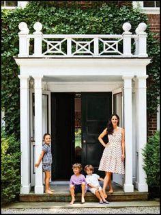 New Exterior Architecture Facade Front Doors Ideas Exterior Paint, Exterior Design, Interior And Exterior, Exterior Doors, Balustrade Balcon, Les Hamptons, Hamptons House, Detail Architecture, House Architecture