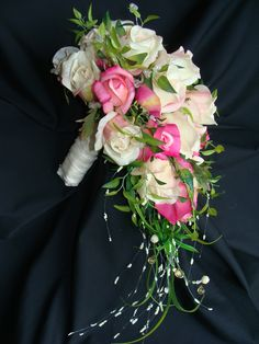 Make Your Own Bridal / Wedding Bouquets / Flowers Save Money - Bridal Flowers Cheap Wedding Bouquets, Cascading Wedding Bouquets, Rose Bridal Bouquet, Diy Wedding Bouquet, Diy Bouquet, Diy Wedding Flowers, Bridesmaid Flowers, Bride Bouquets, Bridal Flowers
