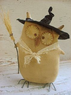Free Primitive Crow Pattern | Miss Gufetto A Primitive Pattern from Raven's Haven by elvia
