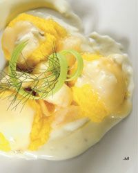 Gnocchi di polenta con salsa al gorgonzola dolce e pere William.