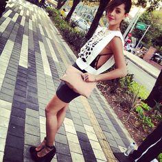 #colombiamoda #Mujeres #Fashion @Carolina Guerra viste de @Daris White White #Walkincloset
