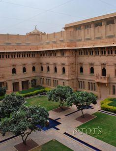 Mardana Courtyard, Umaid Bhavan Palace, Jodhpur, Rajasthan, India