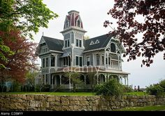 thimble islands victorian - Google Search Gothic House, Victorian Gothic, Victorian Homes, Beautiful Buildings, Beautiful Homes, Beautiful Places, Stony, Old And New, Mansions