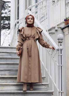 Office Look Formal Hijab Modest Fashion Hijab, Hijab Style Dress, Modern Hijab Fashion, Muslim Fashion, Dress Casual, Glam Rock Fashion, Fashion Top, Fashion For Petite Women, Womens Fashion
