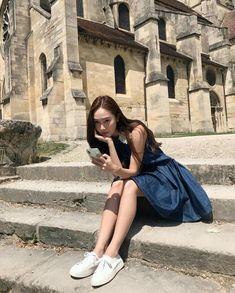 A perfect summer day☀️💙 Jessica & Krystal, Jessica Lee, Krystal Jung, Kim Hyoyeon, Yoona, Snsd, Jessie, Jessica Jung Fashion, Korean Photography