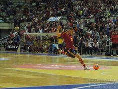 Miguelín. @SeFutbol España-Grecia. Homenaje a Kike Boned. Ginés Rubio @grl48