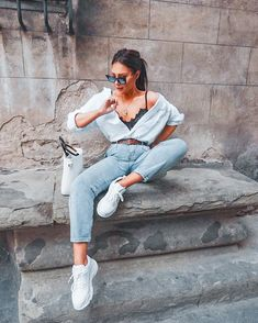 Outfits fresas armados con ropa barata Strawberry outfits armed with cheap clothes First Date Outfits, Spring Outfits, Outfit Ideas Summer, Summer Fashion Outfits, Cali Fashion, Sneakers Fashion Outfits, Fasion, Fashion Apps, Biker Fashion