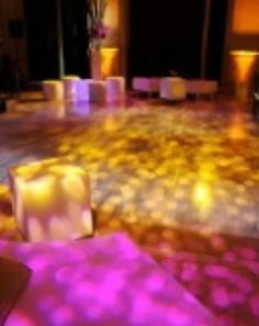 Amazing use of #textured #lighting on the #dancefloor for a beautiful effect. Great photo via #HereComesTheGuide
