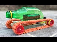 Awesome Videos: 3 Amazing ideas and incredible DIY Toys Cardboard Camera, Cardboard Box Crafts, Cardboard Toys, Upcycle Home, Upcycled Home Decor, Diy Recycle, Toy Storage Solutions, Diy Toy Storage, Diy Toys Car