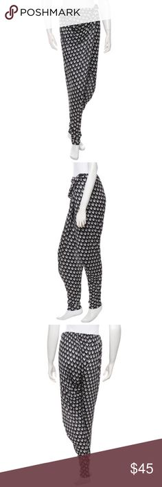 """Rag & Bone Layered Pants Black and white Rag & Bone pants with layered detail at front, elasticized waist and button at front, Button has been re-sewn. Faintly worn. Measurements: Waist 34"""", Hip 34"""", Rise 12"""", Inseam 34"""", Leg Opening 10"""" rag & bone Pants Track Pants & Joggers"""