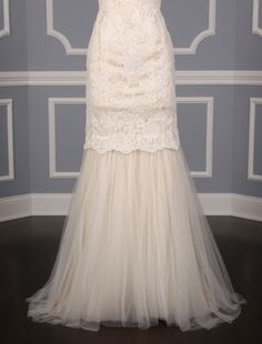 This 100% Authentic, New Anne Barge Cameo Discount Designer Wedding Dress  is stunning! The Alencon lace fabric is Amazing! The lace combined with the silhouette of this gown make this an extremely elegant choice for your wedding day! Now up to 90% Off Retail! #annebarge