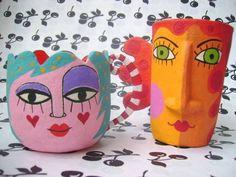 Xicaras em Papel Maché by Carol W
