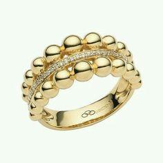 Gold n diamond ring