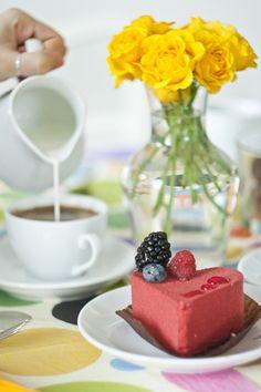 blog made in kyiv - heart shaped cake