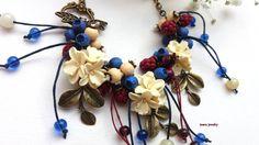 Charm berry necklace #necklace #berries #berry #naturejewelry #jewelry #handmadenecklace #charmjewelry #berryjewelry #blueberry #vanillaflowers #polymerjewelry #nature #statement #charm #fashion #accessories #handmade #handmadejewelry #flowers #flowerjewelry #insoujewelry