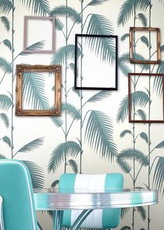 Cole and Son Palm Leaves Wallpaper - New Contemporary Decoracion Vintage Chic, Home Decoracion, Palm Leaf Wallpaper, Wallpaper Roll, White Wallpaper, Shabby Chic Tapete, Cole And Son Wallpaper, My New Room, Decoration