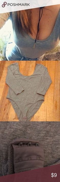 H&M gray body suit ! H&M grey 3/4 sleeve body suit! Cotton stretch material! Adjustable length! H&M Tops