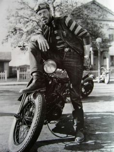 Vintage Motorcycles Lee Marvin--loved his badass roles. Such a great villian. - Custom, handmade replica of the sweater Lee Marvin wore opposite Marlon Brando, as the leader of the rival gang The Beatles in The Wild One The colors (navy blue Motos Vintage, Vintage Motorcycles, Vintage Biker, Custom Motorcycles, Indian Motorcycles, Vintage Denim, Hells Angels, Harley Davidson News, Harley Davidson Motorcycles