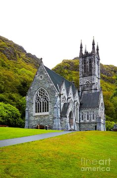 Gothic Church at Kylemore Abbey, Ireland.I would love to go see this place one day. Red Rose performing here. Church Architecture, Religious Architecture, Gothic Buildings, Take Me To Church, Cathedral Church, Old Churches, Church Building, Chapelle, Place Of Worship