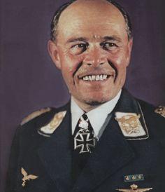 Generalfeldmarschall Albert Kesselring http://www.historicalwarmilitariaforum.com/topic/6937-ritterkreuztr%C3%A4ger-photos-in-color-thread/