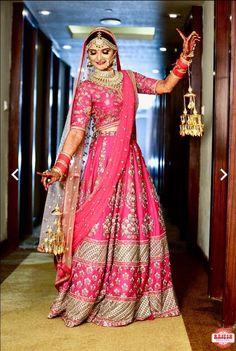 Real Indian brides in stunning bridal lehenga by Sunehree Chandni Chowk. Bridal lehenga shopping in Chandni Chowk. Indian Wedding Poses, Indian Wedding Couple Photography, Indian Bridal Photos, Indian Bridal Outfits, Indian Bridal Fashion, Indian Bridal Wear, Bridal Photography, Photography Ideas, Pink Bridal Lehenga