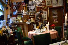 Nostalgie Cafe Bergischer Hof  ... #neanderland #winterglück #twowinterglück #nl4bloggers