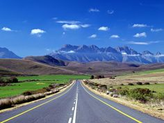 The Auditor General told South Africa's parliament that the Western Cape is by far the best-governed province in South Africa. Beautiful Roads, Beautiful Places, Cape Town South Africa, Australia, Countries Of The World, Live, Scenery, Places To Visit, Country Roads