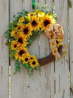 Sunflower Grapevine Wreath for Front Door, Sunflower Decoration, Spring Wreath, Summer Wreath, Large Sunflower Wreath, Farmhouse Wreath