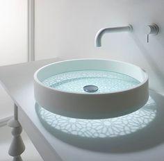 Ett snyggt handfat kan lyfta hela badrummet. Våga gå från de klassiska modellerna och välj något som sticker ut!