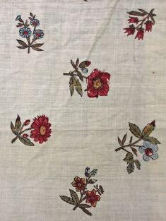 8fc05dfa484bf2930b3630c46d392c4d--textile-prints-floral-prints.jpg 736×979 pixels