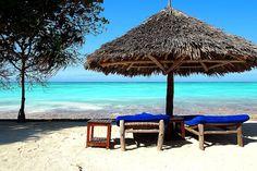 Auf Sansibar kommen Strand-, Städte- und Tierliebhaber voll auf ihre Kosten. Ich verrate euch drei Highlights für das Inselparadies in Ostafrika.