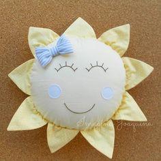 #boatardee #povolindo!!! Mais um dia super pra aproveitar e ser feliz! Com direito a essa fofura de almofada pra decorar o quartinho da pequena ♡ MANUELA ♡ que já já chega por aí! =) #vemmanu