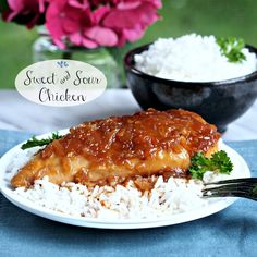 Sweet & Sour Chicken ~~ Lipton Dry Onion Sou Mix ~~ http://www.thecookierookie.com/sweet-and-sour-chicken-simply-sated/