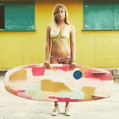 かわいすぎるプロサーファーTia Blanco18歳の発言がもはや時空を超えてる   Beach Blog 一日一爆笑 By エリツィン編集長