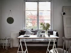 An small space with beautiful autumn tones