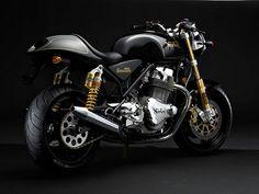 Norton Commando 961 SS  /  motorcycle