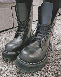 100% Wegańskie buty Altercore, Dr. Martens, Koi Footwear
