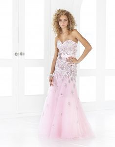Blush Prom creates prom dresses that combine your favorite design with the price you are searching for when on a budget. Shop Blush Prom dresses now to find your dream look! Mermaid Dresses, Bridal Dresses, Bridesmaid Dresses, Blush Prom Dress, Strapless Dress Formal, Dress Prom, Trendy Dresses, Nice Dresses, Most Beautiful Dresses