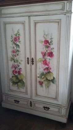 Our site described shabby chic furniture projects Decoupage Furniture, Hand Painted Furniture, Funky Furniture, Refurbished Furniture, Paint Furniture, Repurposed Furniture, Shabby Chic Furniture, Furniture Makeover, Vintage Furniture