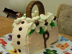 How To Make A Purse Shaped Cake Want More Cool Cake Ideas Go To - Purse birthday cake ideas