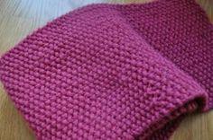 Pink Baron Seed Stitch Scarf | AllFreeKnitting.com