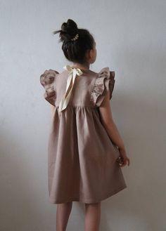 Linen Girl Dress Linen Dress Linen dress for girls Flower image 5 Vintage Girls Dresses, Wedding Dresses For Girls, Little Girl Dresses, Flower Girl Dresses, Baby Girl Fashion, Kids Fashion, Dress Anak, Wedding Girl, Kids Tops