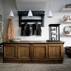 I Gigi shop in East Sussex. I would love a counter bench like that!