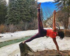 Opt outside. No excuses  Repost via @Karey.evans_yoga  #snowga #optoutside #sideplank #outdooryoga #optoutside #flexibility