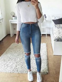 high waist jeans white crop long sleeve - accesories high waist jeans white crop long sleeve teen fashion that looks really trendy . Teenage Outfits, Teen Fashion Outfits, Fashion Mode, Mode Outfits, Jean Outfits, Look Fashion, Outfits For Teens, Summer Outfits, Fashion 2016