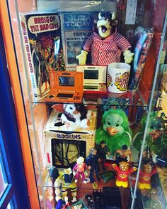 On instagram by blast_from_the_past_derby #gameandwatch #microhobbit (o) http://ift.tt/1VgjTBI today 10-4.30pm #bullseye #bullseyebully #youcantbeatabitofbully #orville #iwishicouldfly #boglins #superted  #nintendogamewatch #nintendo #marvel #gremlins #gizmo #beetlejuice #derbyuk