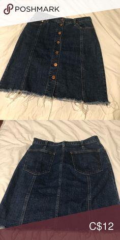 Gap demon skirt, size 27 Gap denim A-line skirt, button down, size only worn few times GAP Skirts A-Line or Full A Line Skirts, Mini Skirts, Black Denim Shorts, Denim Skirt, Times, Button, Best Deals, Closet, Armoire