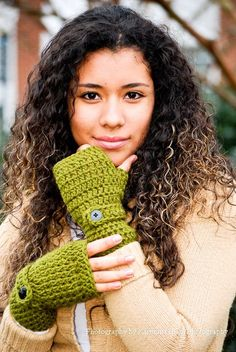 Crochet Green Wrist Warmers - Fingerless Gloves