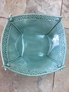 Great Pictures slab pottery mugs Strategies Pottery Plates, Pottery Mugs, Ceramic Pottery, Slab Pottery, Ceramic Tableware, Ceramic Clay, Ceramic Bowls, Slab Ceramics, Ceramics Ideas